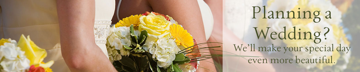 Planning your wedding? We'll make your wedding flowers simply beautiful!