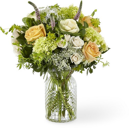 The FTD Sweet Amor Bouquet